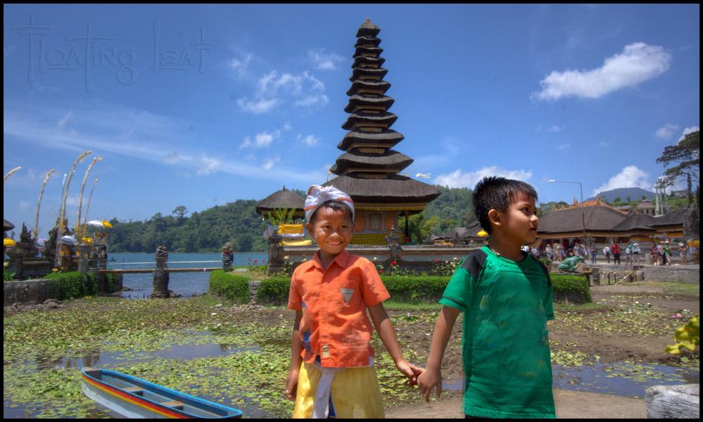 Bali Photo Tours Ulun Danu Temple.