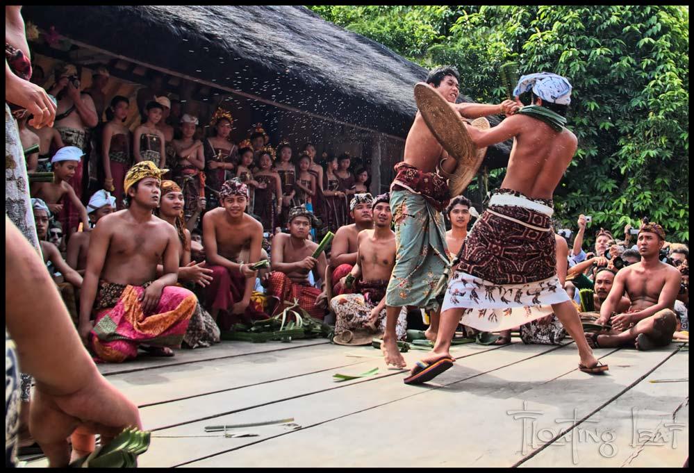 Bali-aga-teganan-fight-ritual
