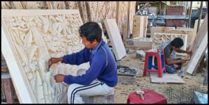 Bali art carving