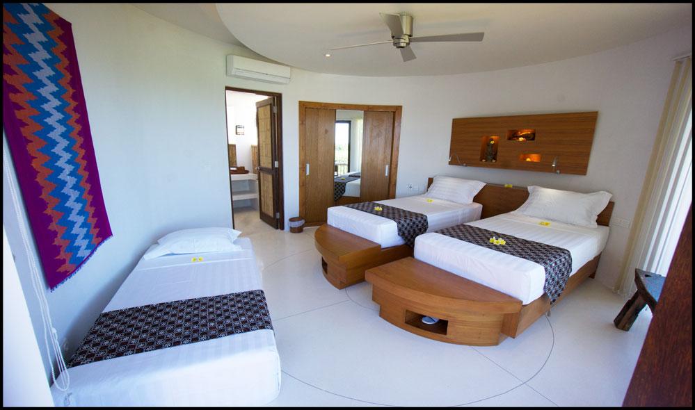 villa guest bedroom triple