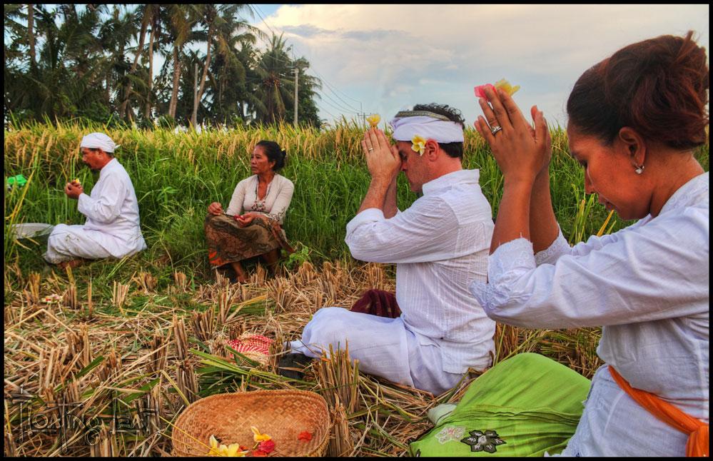 Bali ceremony for villa
