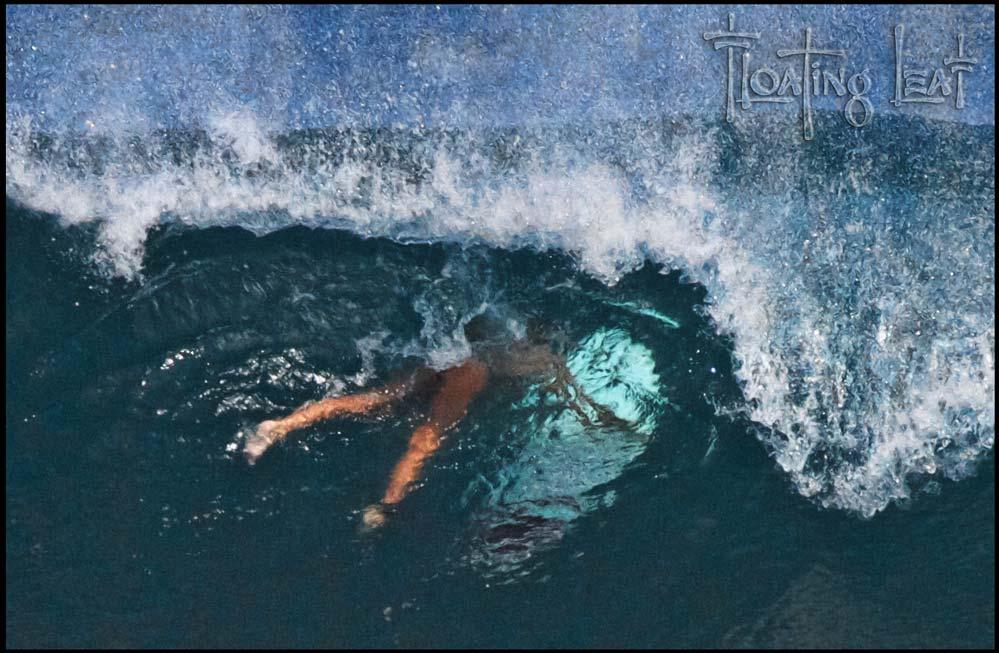 Surfing-Bali-underwater-girl-yoga