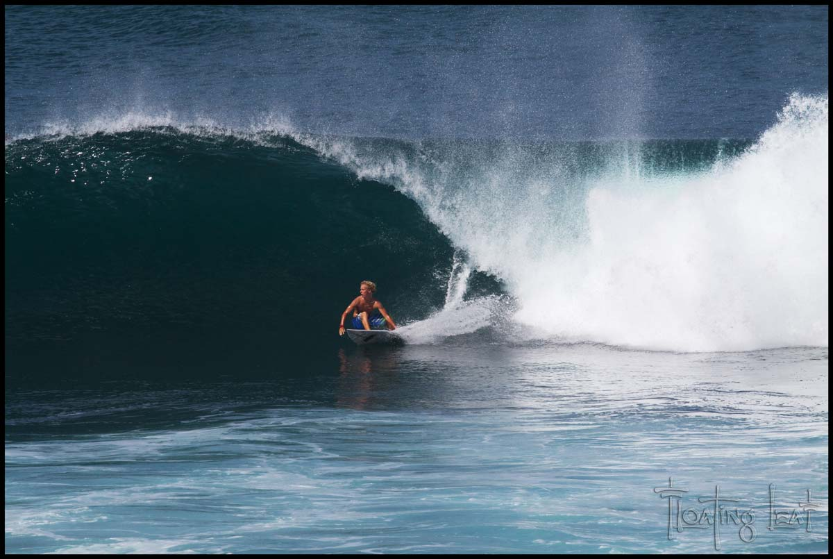 Tube | Surfing photos, Surfing photography, Surfing waves