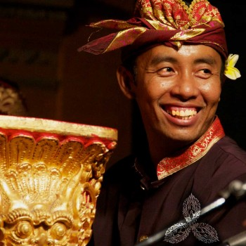 THE HAPPY AND GENEROUS PEOPLE OF BALI