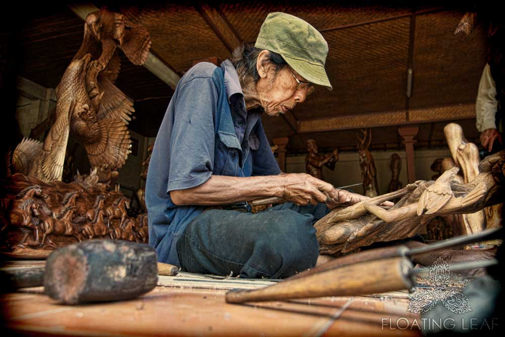 MASTER WOODCARVERS