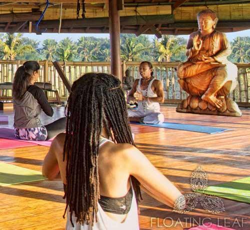 Yoga with the big Buddha